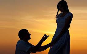 2a960a9ea45a Έκανε πρόταση γάμου στην αγαπημένη του πάνω στο θεατρικό σανίδι της  παράστασης «Διπλή Ταρίφα» στο θέατρο Αθηνά!