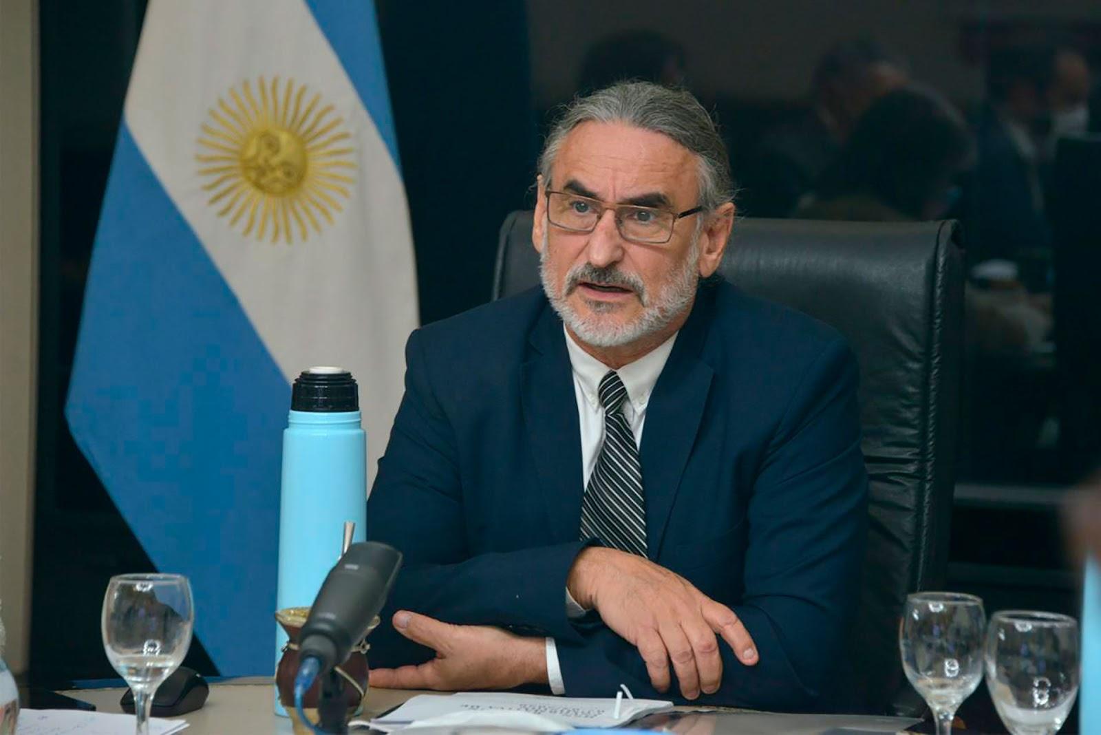 En esta situación de crisis, al país se le abre una ventana de oportunidades, dijo Basterra