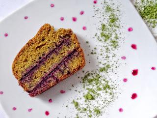 Cake sans gluten sans lactose poudre de moringa et purée de myrtilles bio