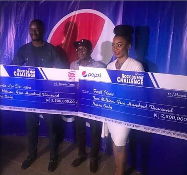 Pepsi Gives Leo And Ifu Ennada N5 Million They Won On BBNaija (Photos)