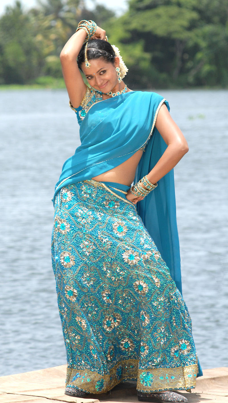 Actress world gallery bhavana hot saree pics in blue saree at july 02 2017 thecheapjerseys Images