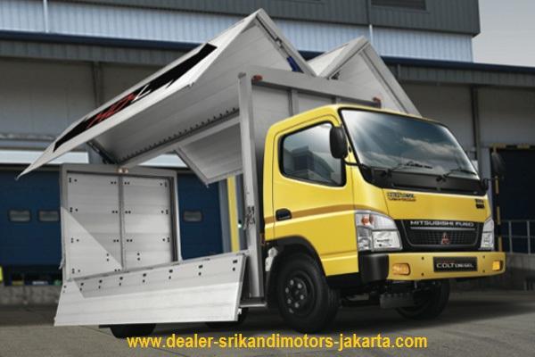 kredit dp rendah colt diesel canter box wing 2019