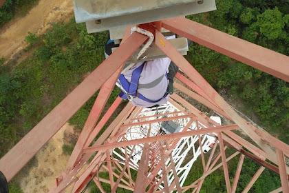 Persiapan Memanjat Tower dan Mengganti Radio