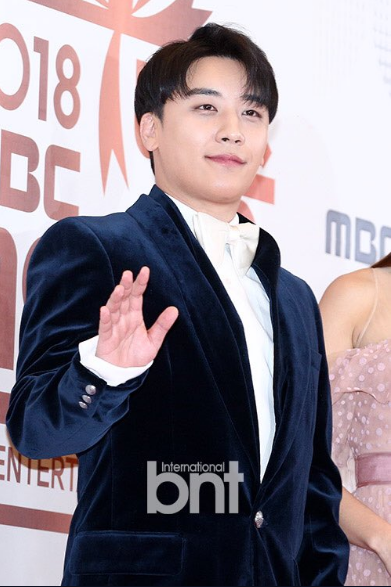 181229 #Seungri, Jun Hyun Moo and Hyeri as Hosts for 2018 MBC Entertainment Awards