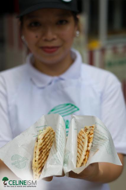 stalls in bataan food park