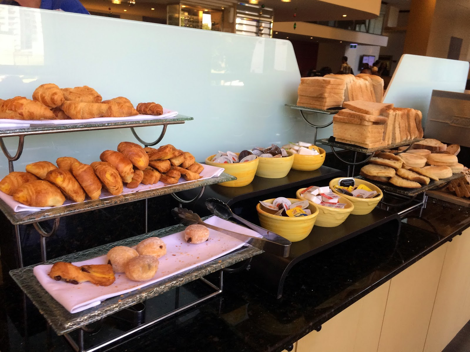 Melbourne Parkview Hotel Breakfast Buffet