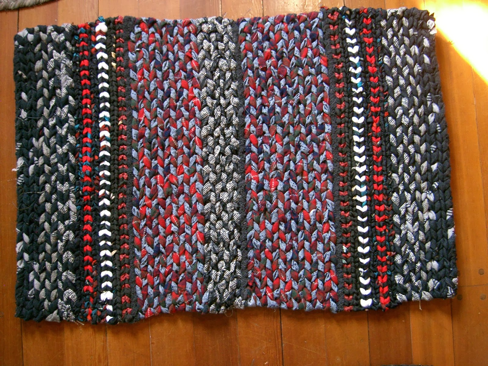 Rags To Rugs Recycling Clothes Into Carpets Twined Rugs