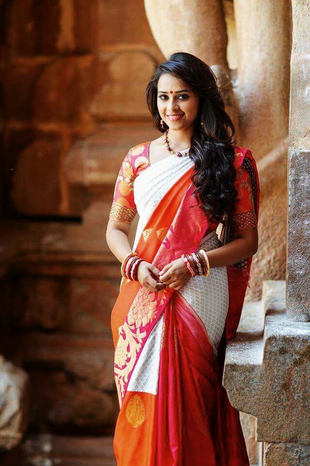 sri divya in saree mobile wallpaper mobile wallpapers