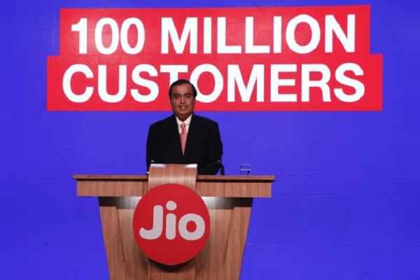 मुकेश अम्बानी का कमाल, बना लिए 10 करोड़ जियो ग्राहक