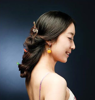 Model Rambut Panjang Korea 04