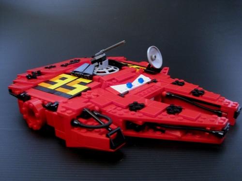 awesome lego mashup star wars cars star cars lightning mcfalcon alien bee entertainment. Black Bedroom Furniture Sets. Home Design Ideas