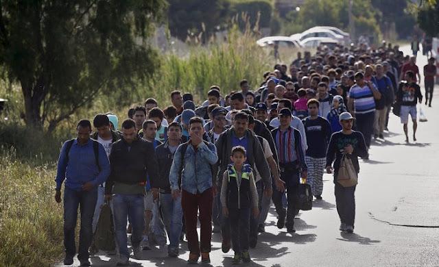 Αυστριακή μυστική υπηρεσία: «Εταιρείες από τις ΗΠΑ χρηματοδοτούν τα κυκλώματα λαθρομετανάστευσης προς την Ευρώπη»