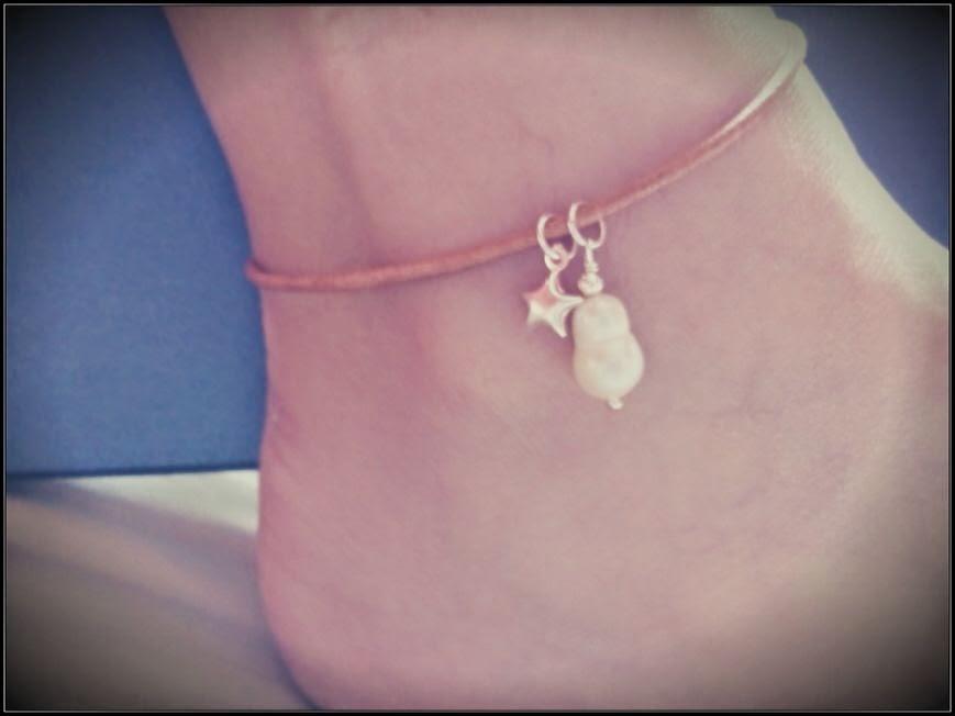 Tobilleras cuero plata perlas artesanales personalizadas. Joyería en plata artesanal