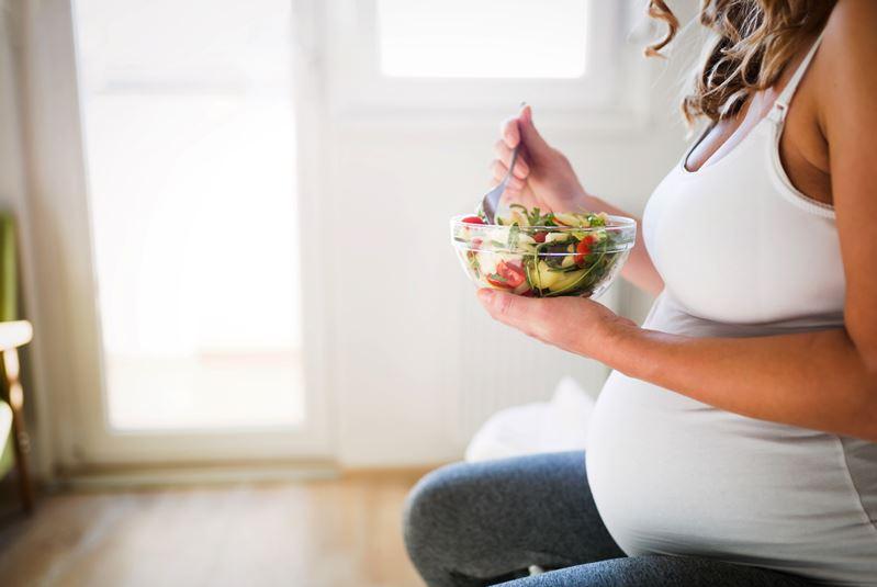 Sağlıklı bebekler için hamilelikte bunlar şart
