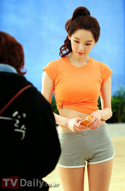 10 Hottest Pictures Of Kang Min Kyung