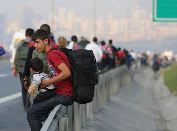 http://4.bp.blogspot.com/-OU39G5GTkDM/Vj2uxfFa0VI/AAAAAAAAAM8/I28YXuRcTtY/s1600/pengungsi.jpg