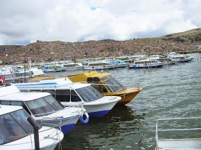 Puerto de Puno, Perú, La vuelta al mundo de Asun y Ricardo, round the world, mundoporlibre.com