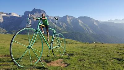 Practicing for the next tour de France - Col d'Aubisque
