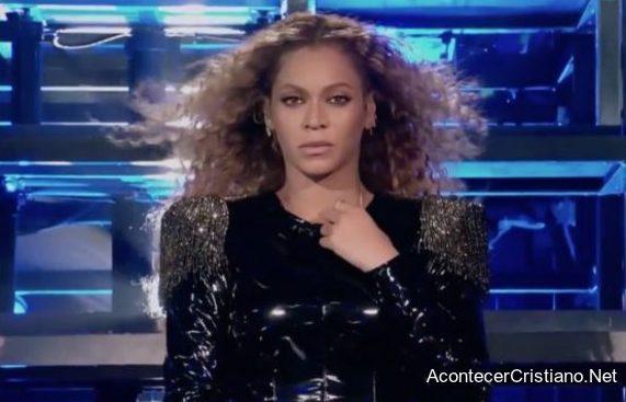Culto a Beyoncé en iglesia