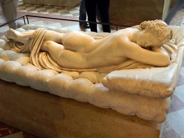 Hermafrodyta, rzeźba, Luwr, Paryż, Francja