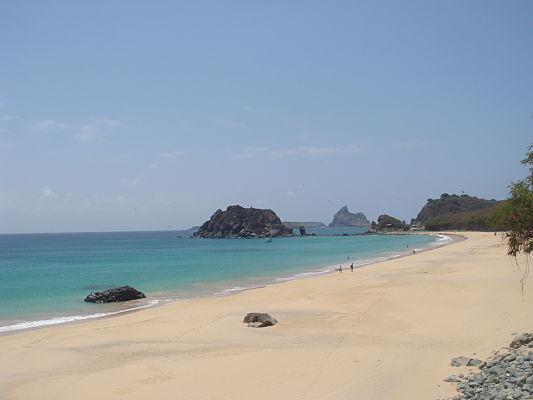 praia conceicao noronha