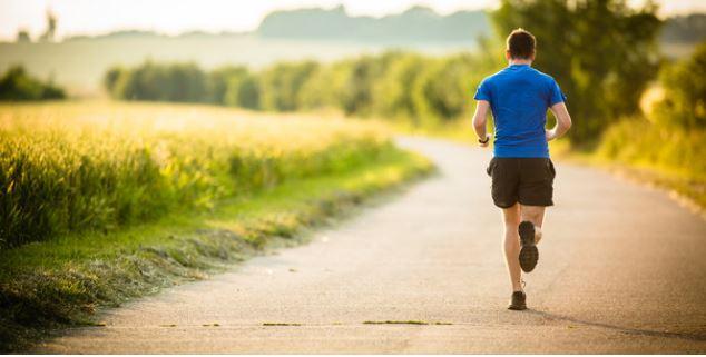 Benarkah rajin lari bisa bikin tubuh tambah tinggi?