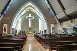 Misa Harian Di Paroki Harapan Indah