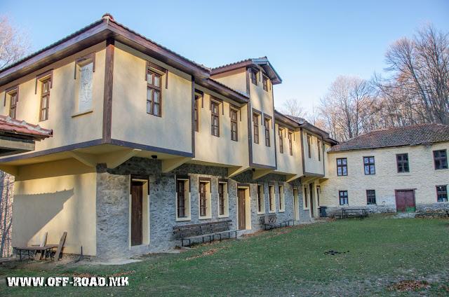 Конаци - манастир Св. Ана во близина  на село Маловиште