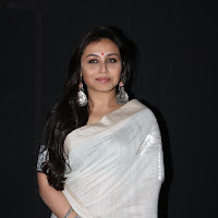 Rani mukherjee in saree at yash chopra statue launch