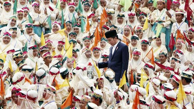 Presiden Jokowi Targetkan Bangun 3.040 Pesantren Rentang Waktu 2015-2018
