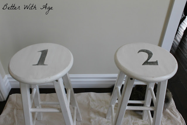Numbered stools www.somuchbetterwithage.com