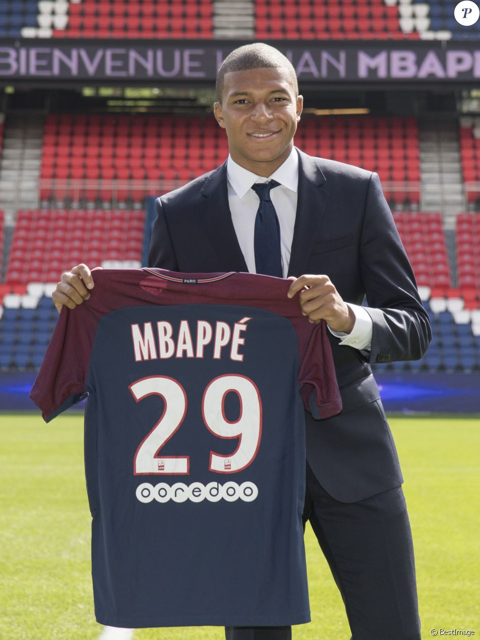 quality design 56e16 a66b8 Update: Kylian Mbappé to Change Shirt Number - Footy Headlines
