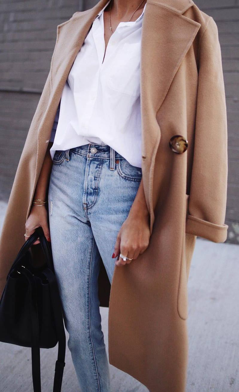 fall fashion trends / nude coat + white tee + bag + jeans