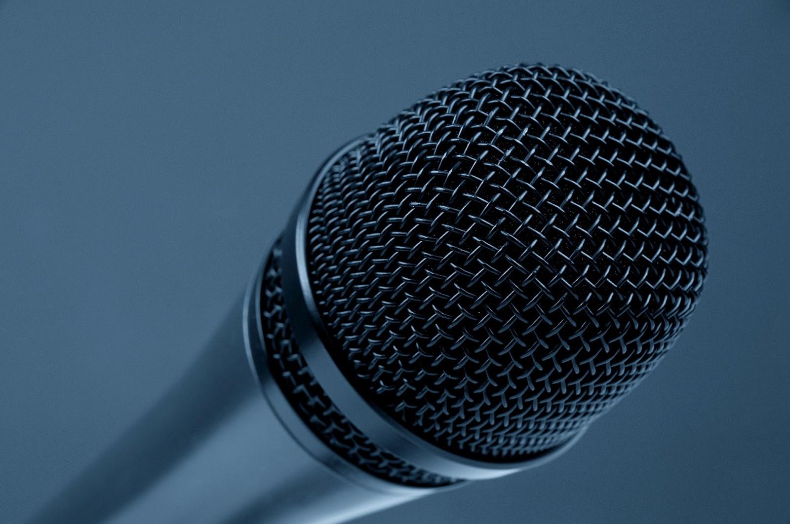 Nie ma jak sprzeczka przed mikrofonem