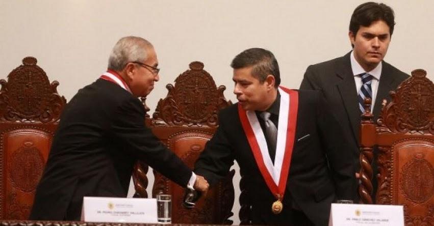 Congresistas fujimoristas respaldan juramentación de cuestionado Fiscal Pedro Chávarry