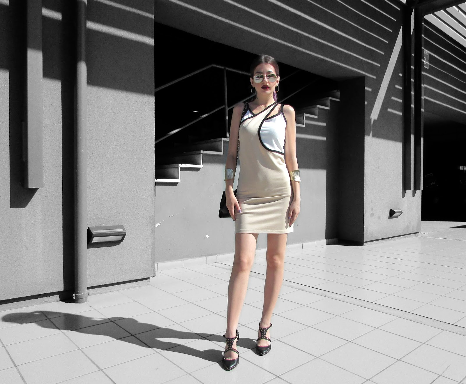 21ebc70e962e THE CARTOON-ISH DRESS