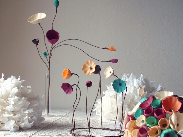 Matrimonio Green: centrotavola di carta ,fiori su stelo, bouquet. I colori 2017-2018