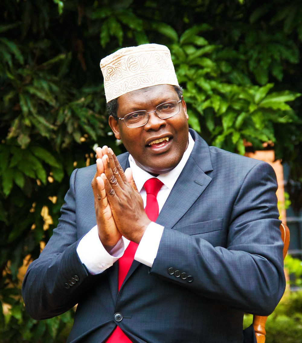Woman Expresses Love For Miguna Miguna: Miguna Claps Back
