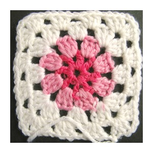 Crochet Basics // Circle in a Square