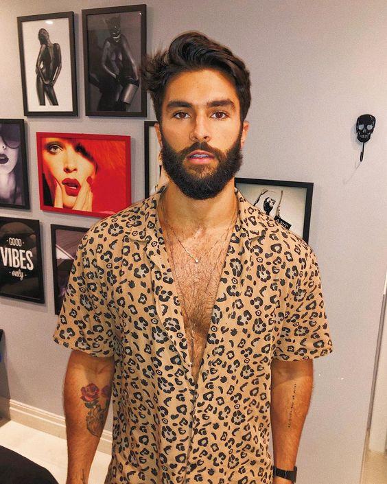 Resultado de imagem para animal print carnaval 2020 moda masculina