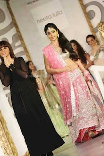Shriya saran hot ramp walks