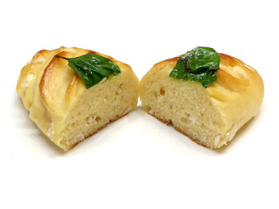 ホワイトチョコとバジルのヴィエノワ(Viennoise au chocolat blanc et basilic) | GONTRAN CHERRIER(ゴントラン シェリエ)