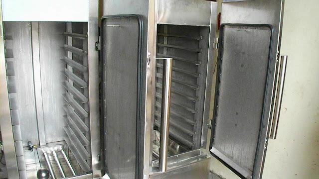 Steamer (Mesin Kukus) Kapasitas 8 Tray