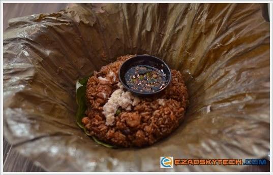 Bangkok Jazz Crab Meat Fried Rice In Lotus Leaf U-Cafe Wangsa Walk