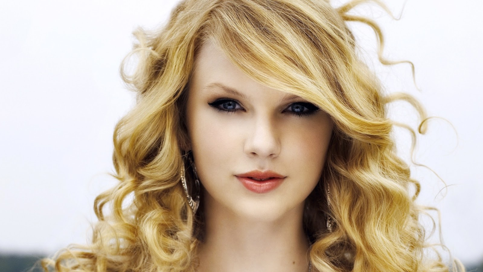 Taylor Swift Hd Wallpapers  Wall Pc-9383