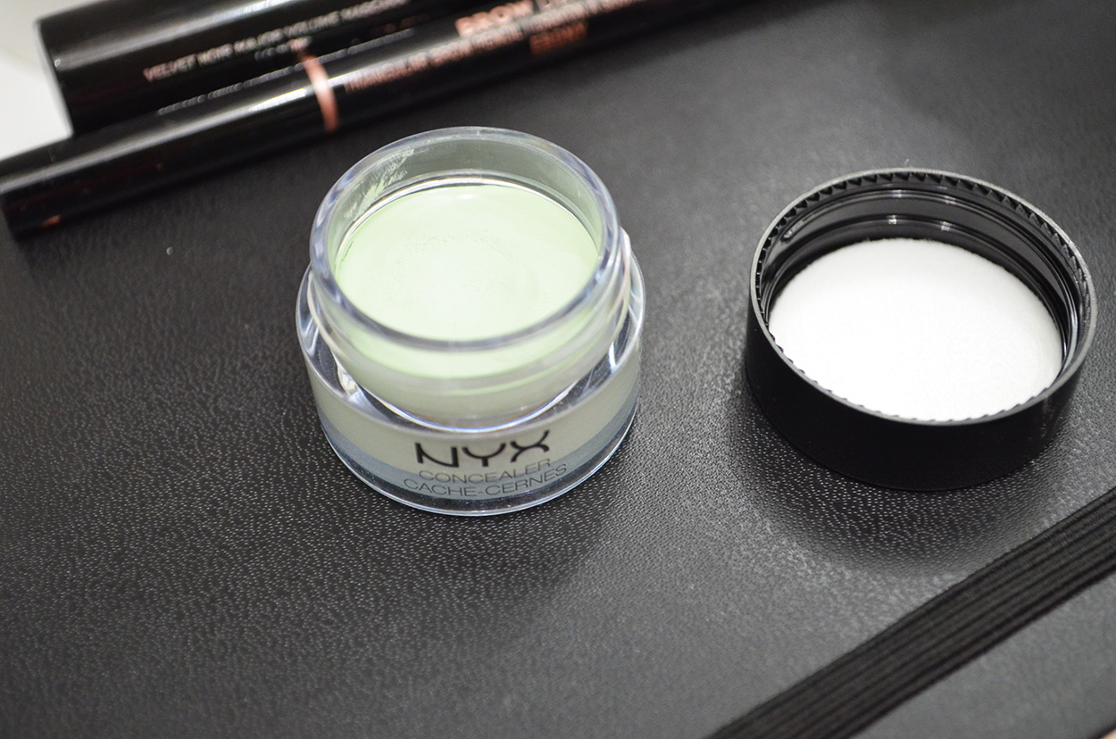 NYX Concealer In A Jar Green