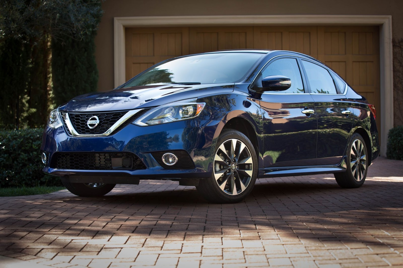 2018 nissan sentra priced from 16 990. Black Bedroom Furniture Sets. Home Design Ideas