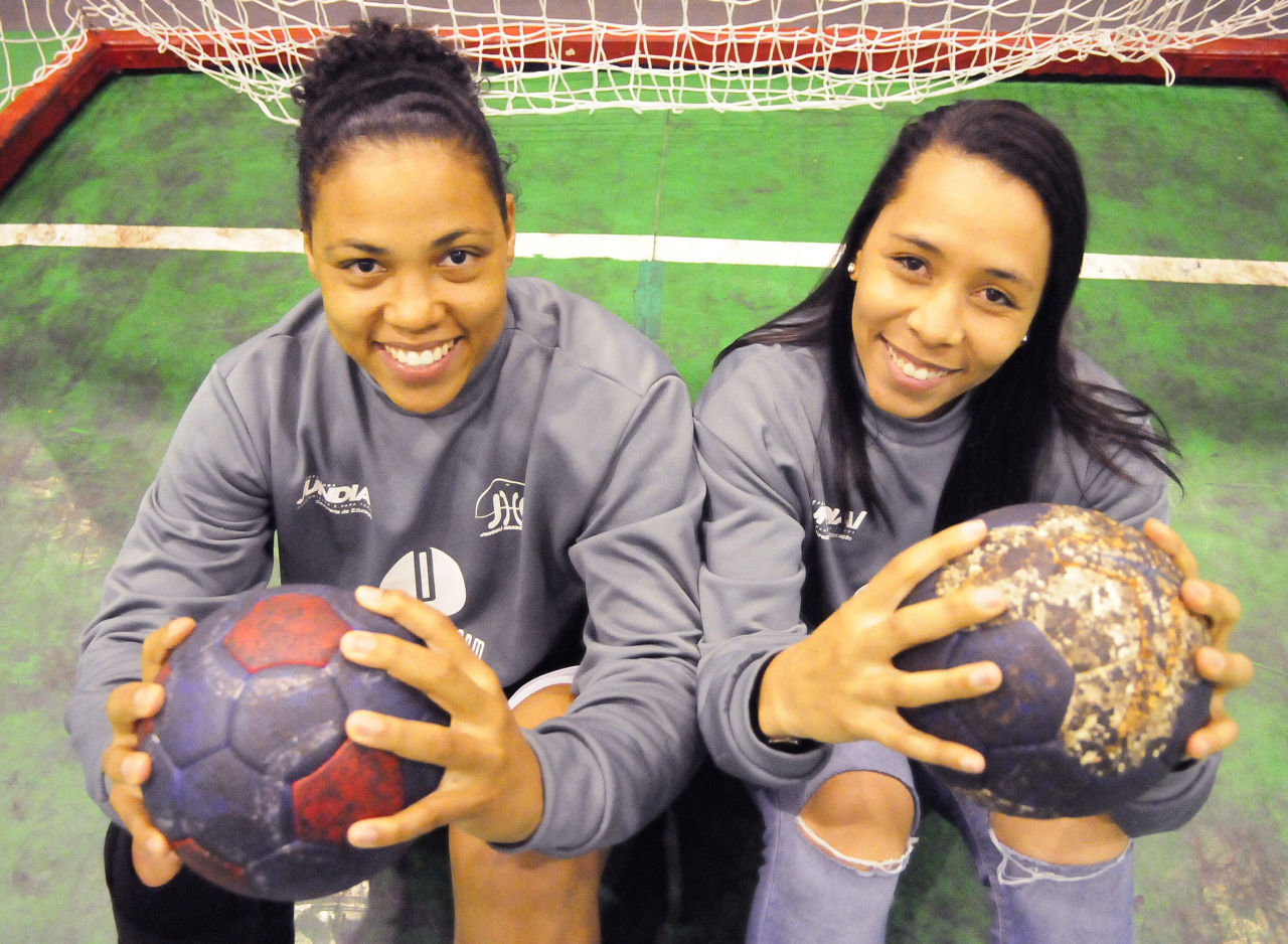 30f5409845 Da base para a seleção brasileira  handebol feminino de Jundiaí faz história