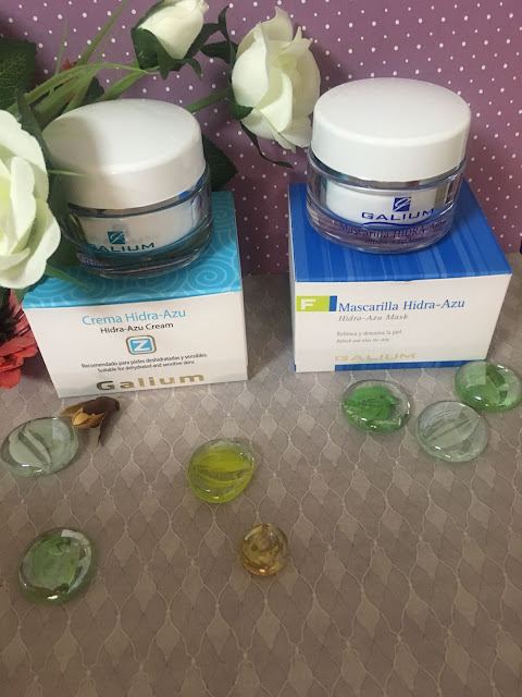 Crema facial, piel sensible, piel reactiva, Crema Hidra Azu, Hidra Azu Cream, crema pieles sensibles, crema pieles reactivas, galium cosmética integral, guaiazuleno, factor de hidratación natural,