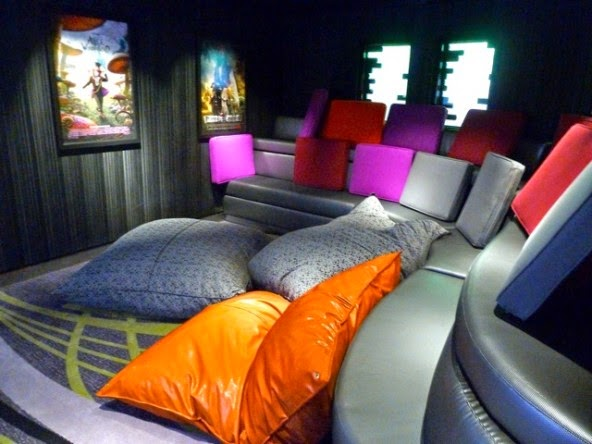 cool chairs for teens wheelchair nurse disney cruise line's 'vibe' teen hangout on the dream and fantasy